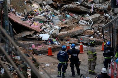 Las impactantes imágenes que dejó el derrumbe de una vivienda en Valparaíso