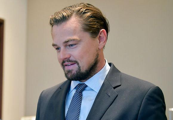 Leonardo DiCaprio sorprende haciendo campaña para salvar a las Ranitas del Loa