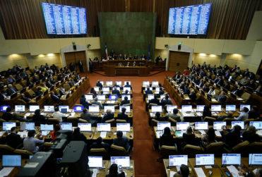 Las 100 leyes chilenas que se eliminarían próximamente