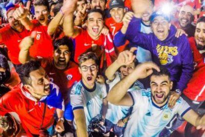 """¿Cómo nos ven los argentinos a los chilenos?: youtubers """"Mate con Mote"""" y """"Displicentes"""" nos cuentan"""