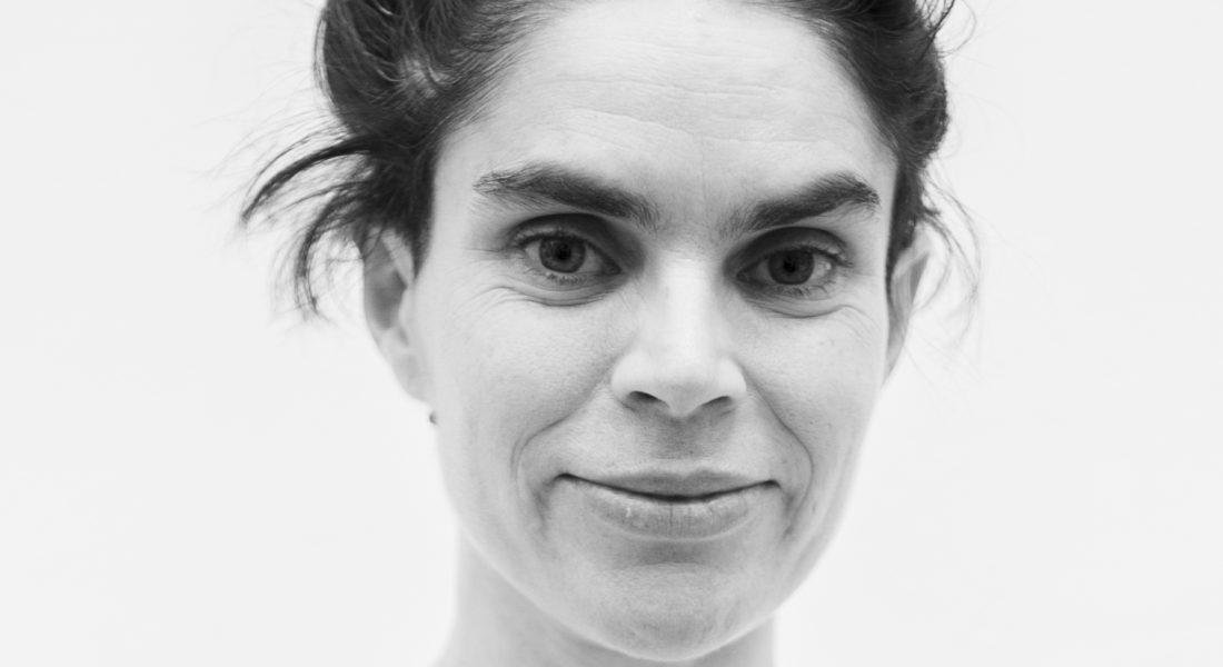 """""""Javiera Peón-Veiga, fundadora de NAVE: baile, vanguardia y cuerpo"""""""