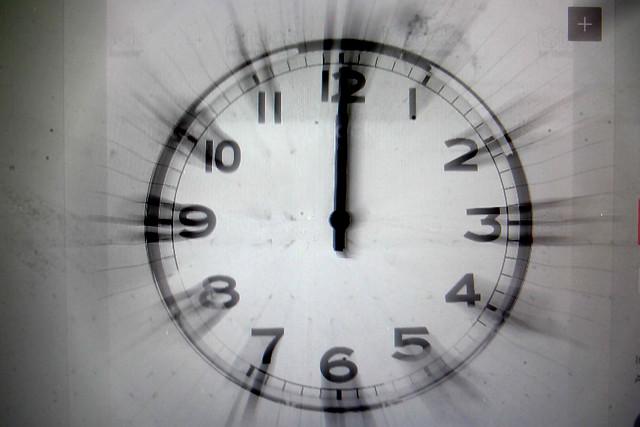 ¿Qué hora es? Error cambió el horario de miles de dispositivos en Chile