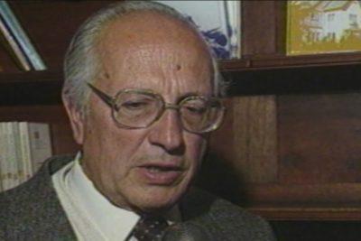 Mineduc ingresa a Contraloría decreto para revocar Premio Nacional a Hugo Montes