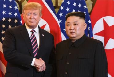 """Corea del Norte rechaza llamado de paz de Corea del Sur y dispara """"proyectiles no identificados"""" hacia el mar"""