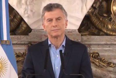 """Macri conversó con Fernández: """"Se comprometió a colaborar en todo lo posible"""""""