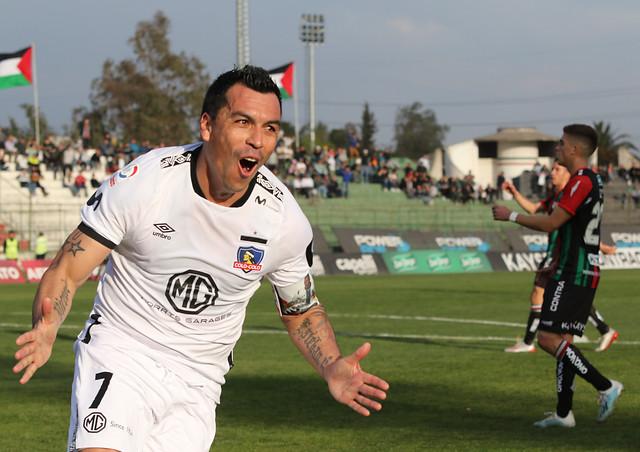 Esteban Paredes igualó récord de máximo goleador de la Primera División
