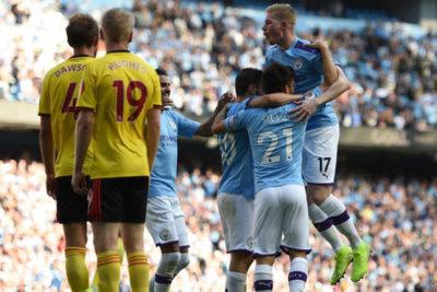 Premier: El Manchester City de Claudio Bravo venció al Watford con goleada histórica