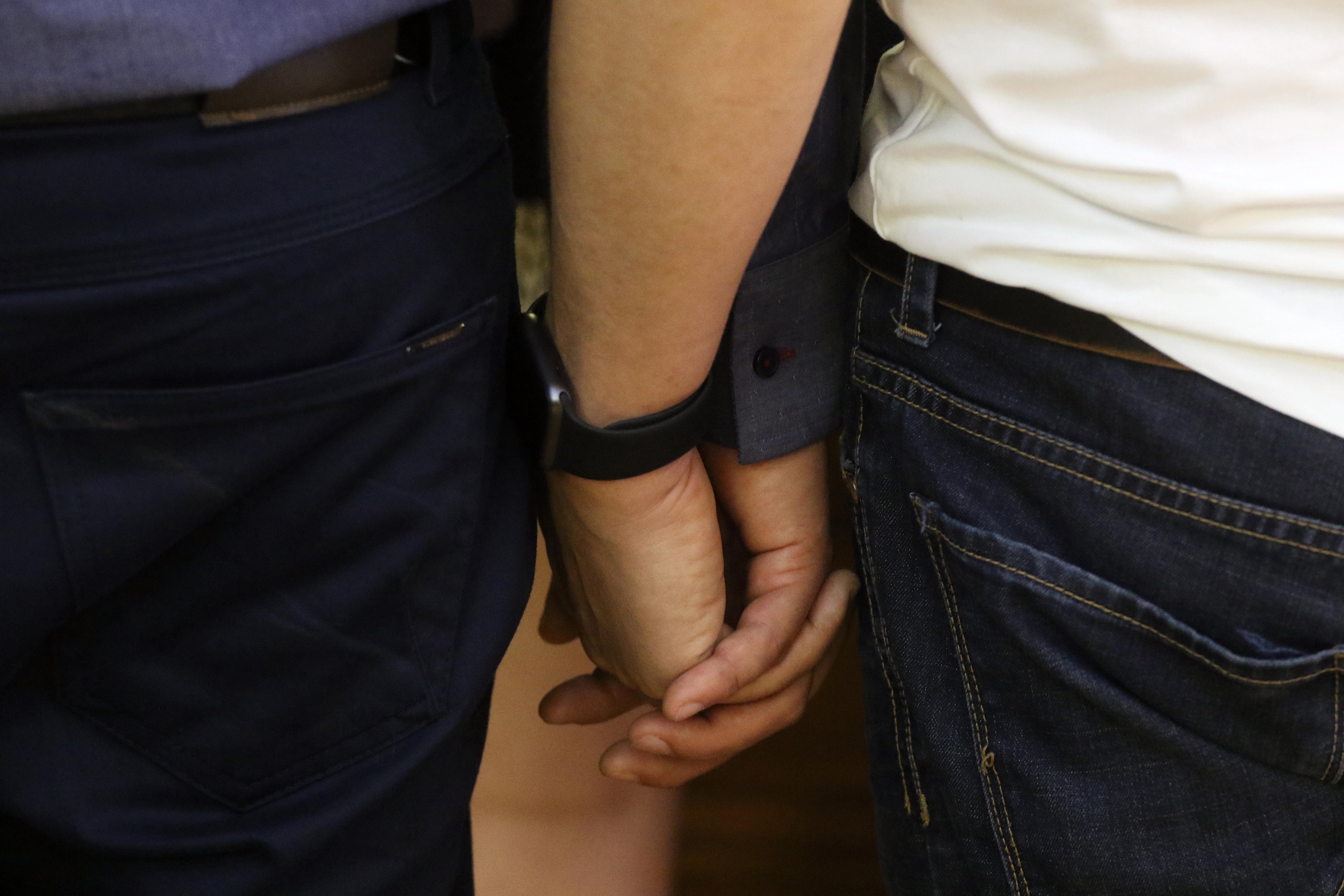 """""""Homofobia: denuncian que pareja gay sufrió insultos y amenazas en Providencia"""""""