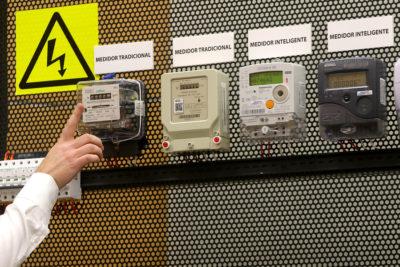 CGE comenzará hoy devolución por instalación de medidores inteligentes