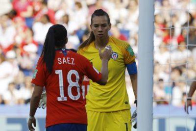 Christiane Endler y Camila Sáez son nominadas al once ideal del año de la FIFA