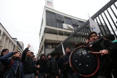 """VIDEO  Alessandri viraliza """"impensada"""" imagen del Instituto Nacional tras semanas de conflictos"""