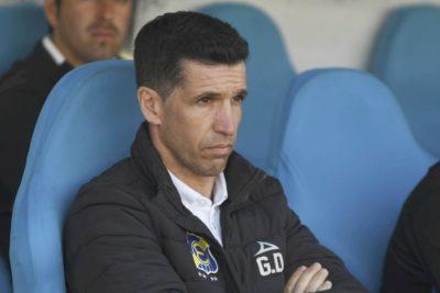 Otro DT menos: Gustavo Díaz deja la banca de Everton de Viña del Mar