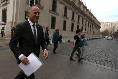 """Cancillería por segunda carta de embajador chino: """"La visita de Bellolio fue un paso temerario"""""""