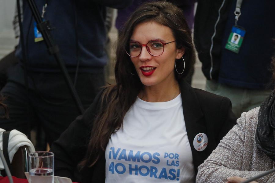 """""""Más de una vez me tocó atender a misóginos como él"""": Camila Vallejo responde a dardos de timonel CPC"""