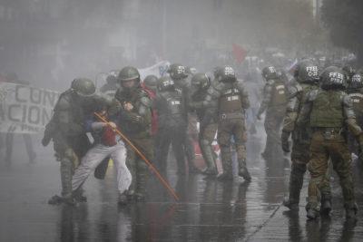 Protesta en la Alameda dejó 92 personas detenidas