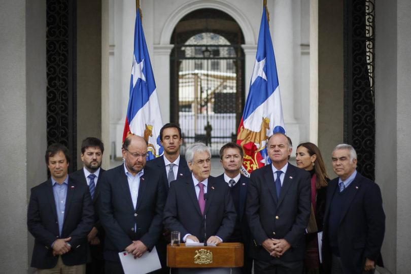 Escasez hídrica: Piñera entregó medidas para asegurar suministro durante 2020