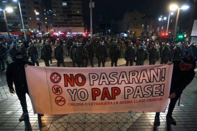 """Con """"cacerolazo"""" y marcha antifascista terminó jornada de Protesta Nacional"""