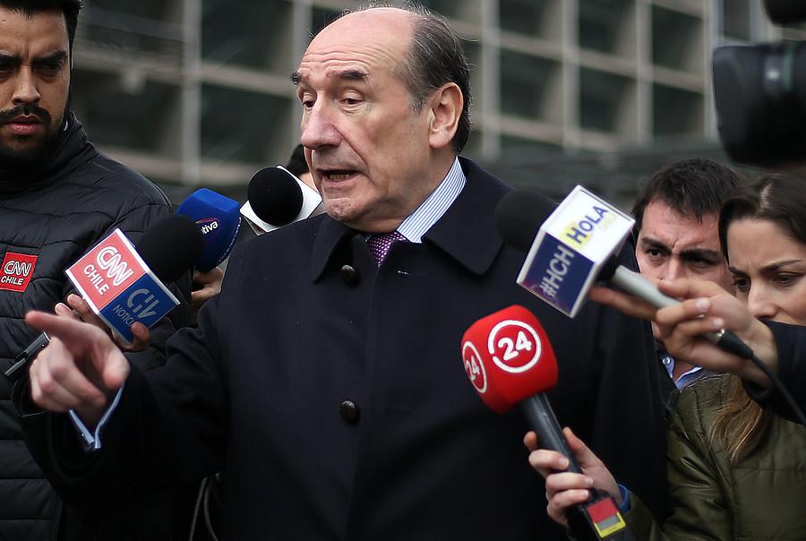 """""""General Juan Miguel Fuente-Alba acusa"""
