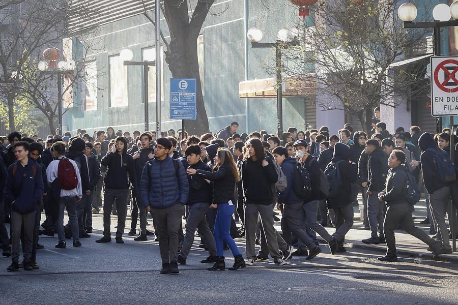 Estudiante del Instituto Nacional fue atropellado por bus del Transantiago