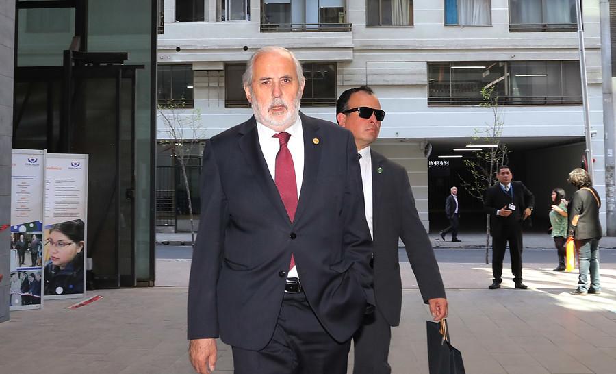 Fiscal Nacional posterga notificación a fiscal Arias por sumario