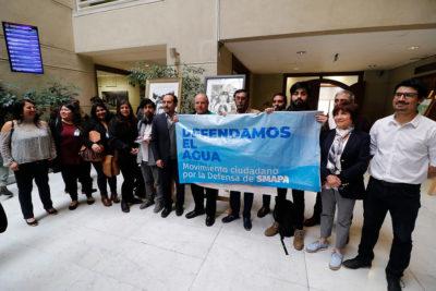 Carmen Hertz acusa a Cathy Barriga de querer privatizar el agua en Maipú