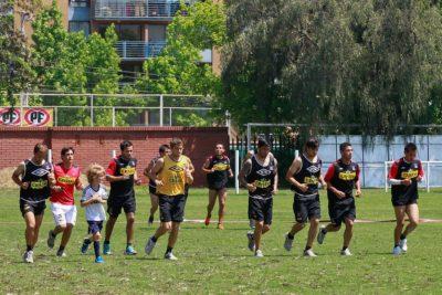 Colo Colo: jugadores estarían molestos con entrenador por entrenar durante Fiestas Patrias