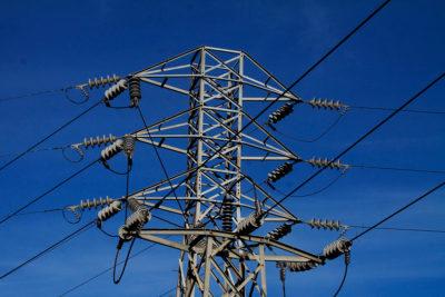 Cámara de Diputados aprueba rebajar la rentabilidad a las distribuidoras eléctricas