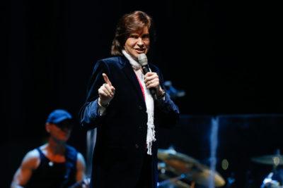 Problemas renales habrían sido la causa de muerte del cantante Camilo Sesto