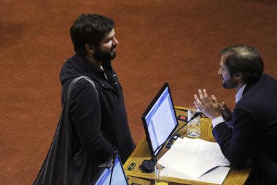 """""""Impresentable"""": Boric sale en defensa de Jaime Bellolio tras críticas de embajador chino"""