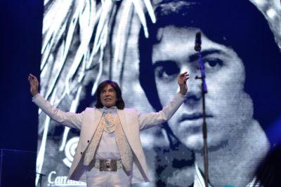 Cuentas oficiales confirman el fallecimiento del cantante español Camilo Sesto a los 72 años