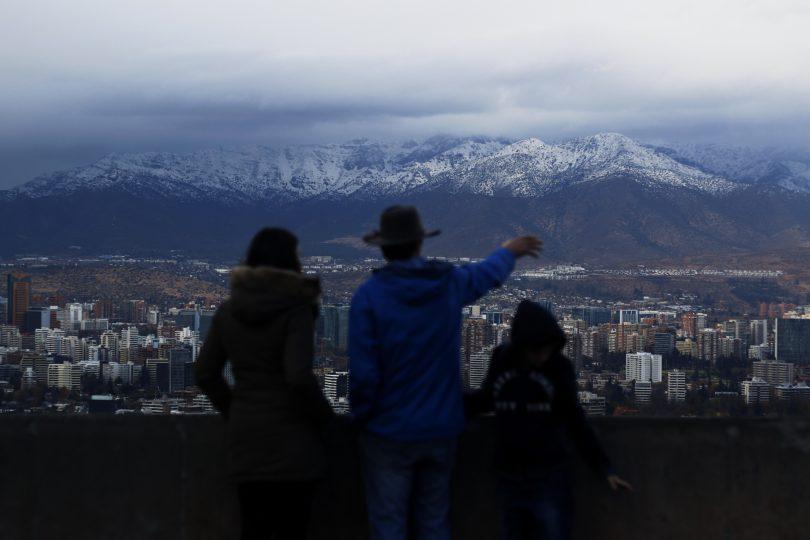 Pronóstico del tiempo anuncia lluvias débiles para Santiago