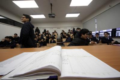 El proyecto de ley busca prohibir a colegios publicitarse con resultados del Simce