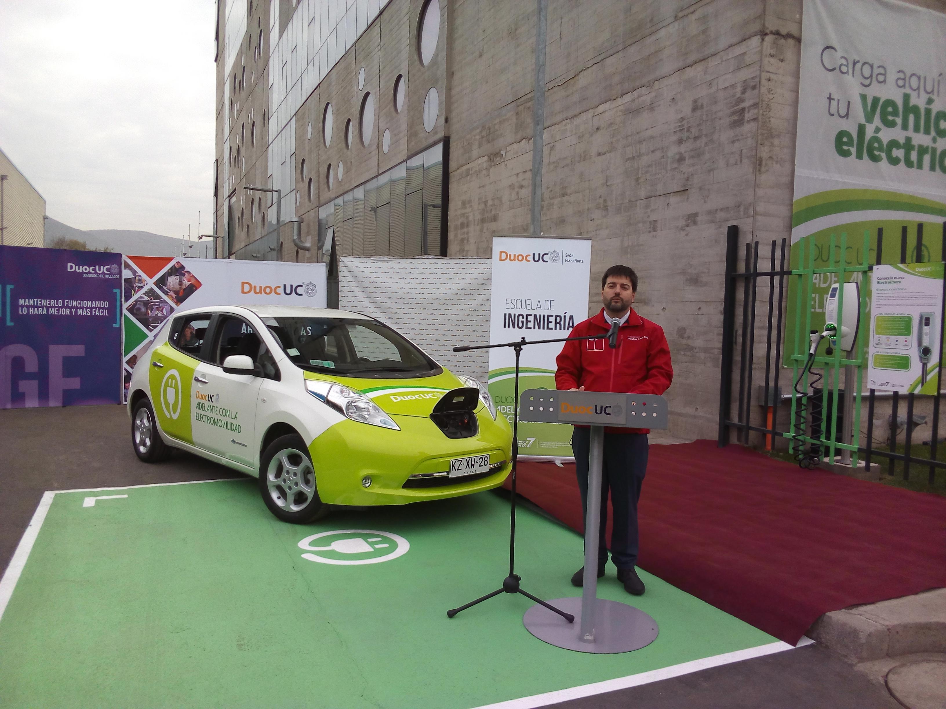 Electromovilidad en alza: Huechuraba cuenta con nueva electrolinera pública y gratuita