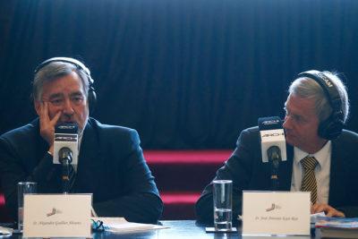 """""""Te noto algo alterado"""": la acalorada discusión de José Antonio Kast y Alejandro Guillier"""