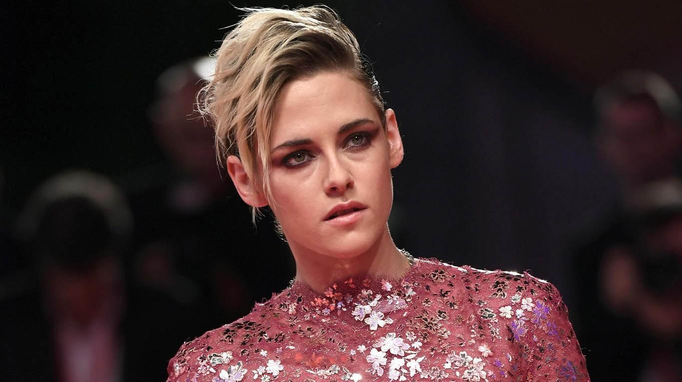 Kristen Stewart reveló que le pidieron esconder su homosexualidad para trabajar con Marvel