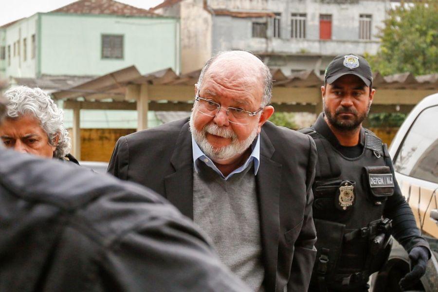 """Empresario que acusó entrega de $100 millones a Bachelet dejó la cárcel"""