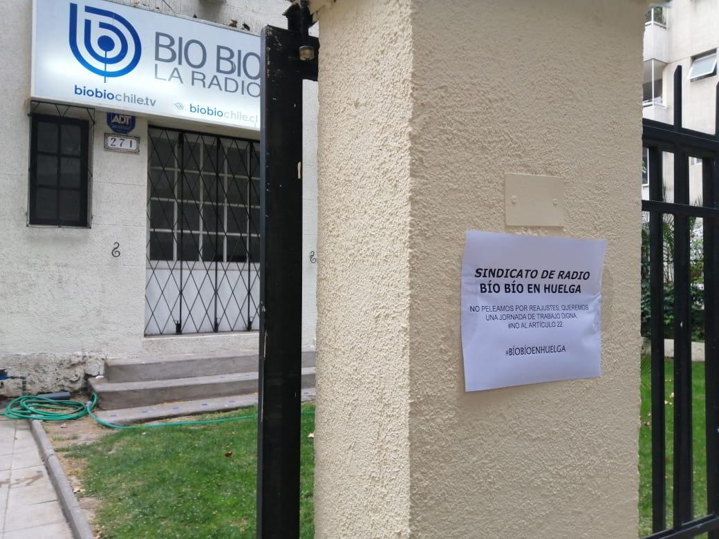"""Sindicato de Radio Bío Bío inició histórica huelga"""