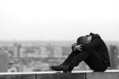 Informe OMS: cerca de 800.000 suicidios en todo el mundo cada año