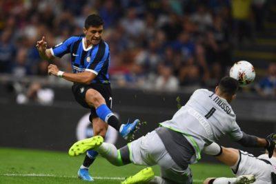 Alexis Sánchez sería suplente en el estreno del Inter en la Champions League