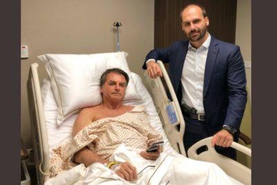 Polémica foto de Eduardo Bolsonaro: Visitó a su padre en el hospital con una pistola en la cintura