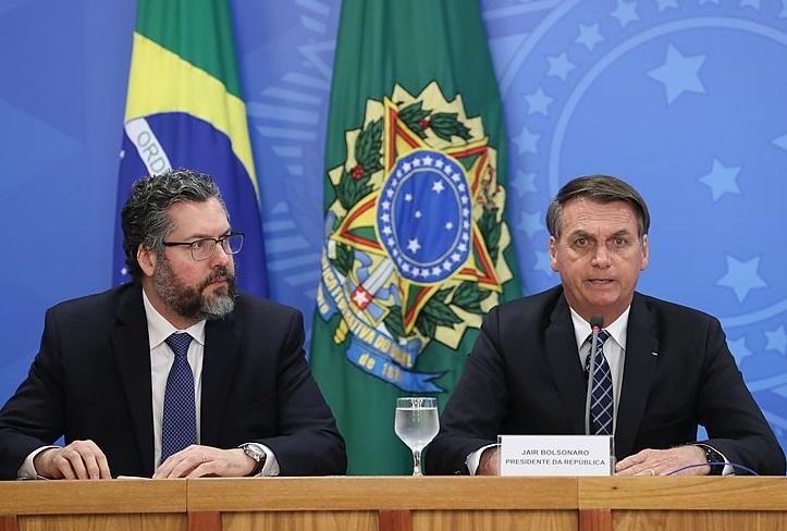 """Canciller brasileño acusa al """"climatismo"""" de ser el pretexto para una """"guerra"""" contra Brasil"""