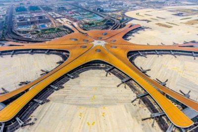 Con forma de estrella: China inaugura el aeropuerto más grande del planeta