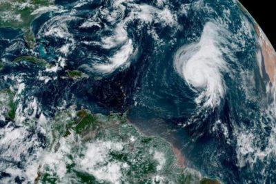 Avanza el huracán Lorenzo, uno de los más poderosos registrados en el centro del Atlántico