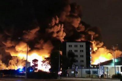 Francia: incendio en planta química pone en peligro al río Sena