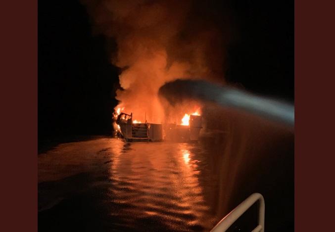 """""""34 personas habrían muerto tras incendiarse un barco en California"""""""