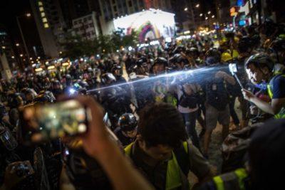 """Manifestantes de Hong Kong piden ayuda a Estados Unidos para """"ser liberados"""" de la crisis"""