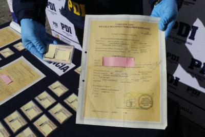 Talca: 38 personas detenidas por portar licencias de conducir falsas