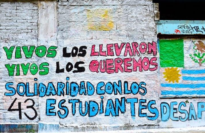 Matanza de Ayotzinapa: juez libera a 24 policías inculpados en la desaparición de 43 estudiantes