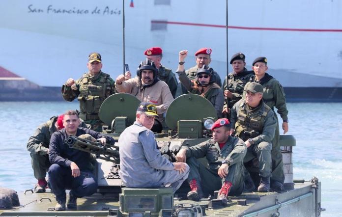 """Colombia en """"alerta máxima"""" por presencia de militares venezolanos en la frontera"""