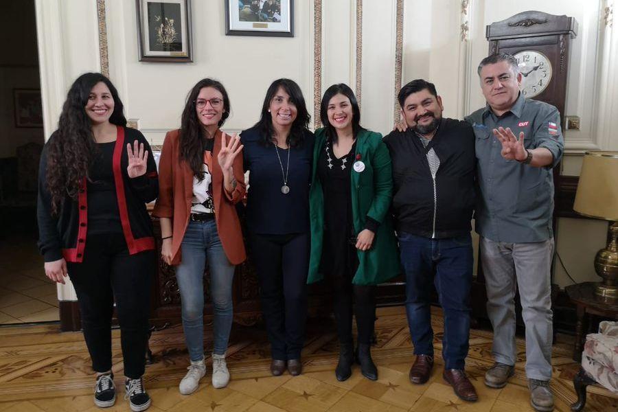 """Vallejo defiende a Rubilar por reunión para el """"Festival por las 40 horas"""""""
